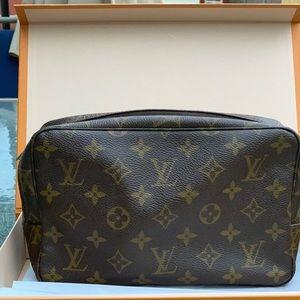 Trousse 23 Louis Vuitton